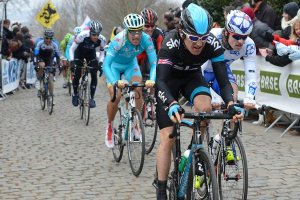 Thomas on the cobbles last Sunday. Great Classic Race Previews at Cycling Weekly - click image.